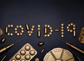 Baja lentamente el ritmo mensual de defunciones por COVID-19